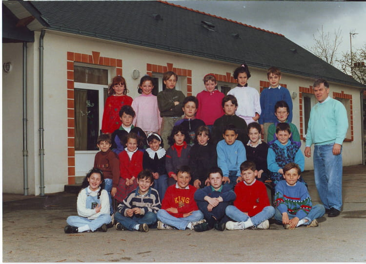 photo de classe ce2 a de 1991 ecole saint joseph saint. Black Bedroom Furniture Sets. Home Design Ideas