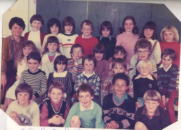 Photo de classe ce1 de 1982 ecole sainte therese les - Cours cuisine la roche sur yon ...