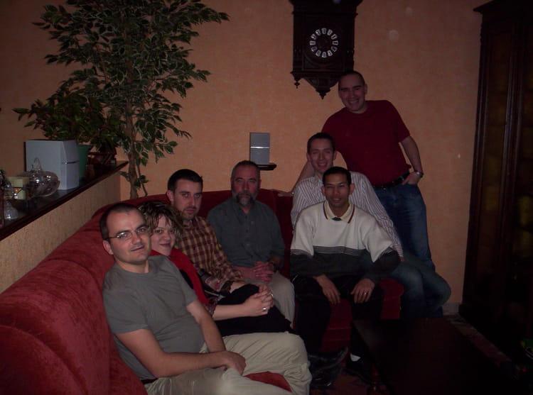 Photo de classe retrouvailles l ves professeur de 2007 for Diner entre copains