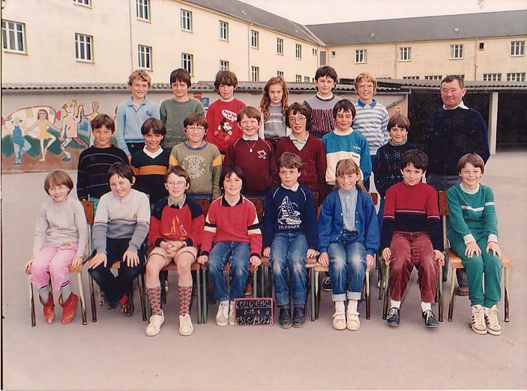 Photo de classe cm1 b de 1983 ecole du centre loudeac copains d 39 avant - Mr bricolage loudeac ...