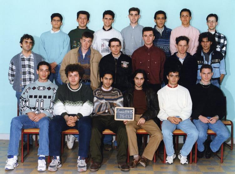 Photo de classe ts el2 de 1994 lyc e adam de craponne bts - Lycee craponne salon ...