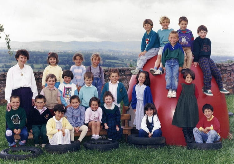 photo de classe moyenne et grande section de 1989 ecole cherbuet saint vincent de boisset. Black Bedroom Furniture Sets. Home Design Ideas