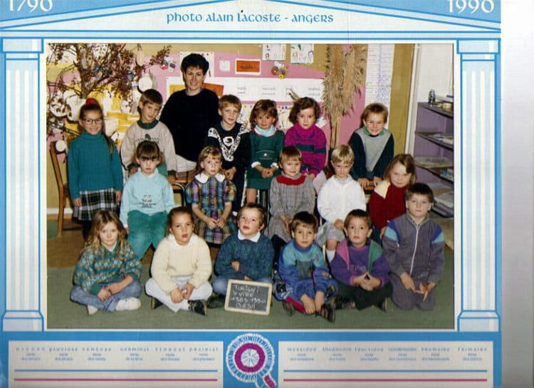 photo de classe maternelle de 1990 ecole du sacre coeur torigni sur vire copains d 39 avant. Black Bedroom Furniture Sets. Home Design Ideas