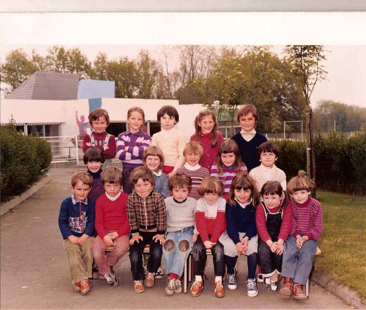 Photo de classe grande section de 1981 ecole emile - Cours cuisine la roche sur yon ...