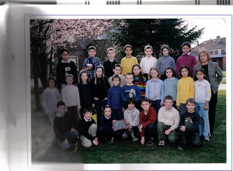 Photo de classe CE2 de 2001, Ecole François Codet (Bois Guillaume) Copains d'avant # Lycée Rey Bois Guillaume