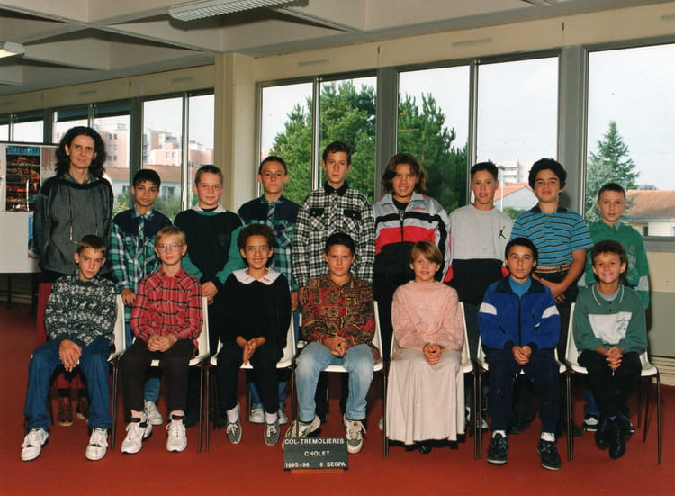 Photo de classe 6eme segpa de 1995 coll ge tremoli res for Pronote college jean moulin salon