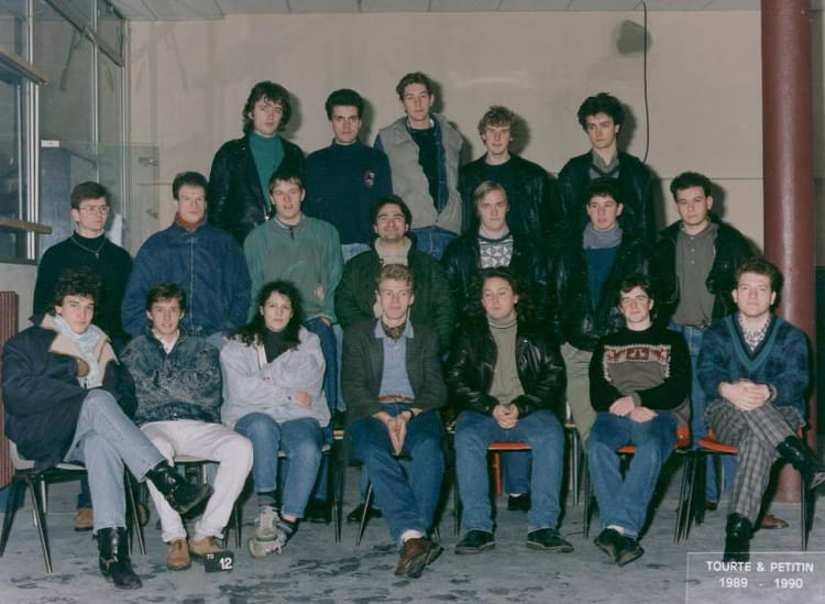 photo de classe bts f i m 1990 de 1990 ecole boulle copains d 39 avant. Black Bedroom Furniture Sets. Home Design Ideas
