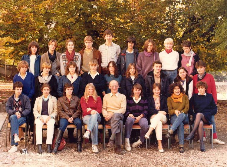 Photo de classe Term A de 1982, Itecboisfleury  Copains  ~ Itec Bois Fleury