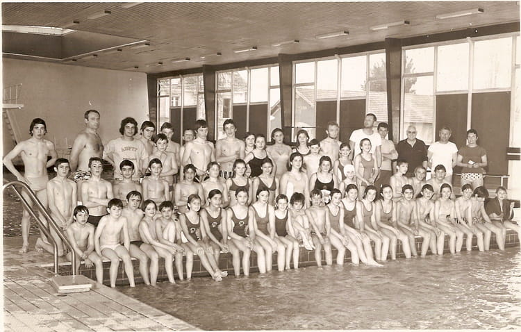 Photo de classe stage asptt p rigueux de 1970 piscine for Piscine jean boiteux