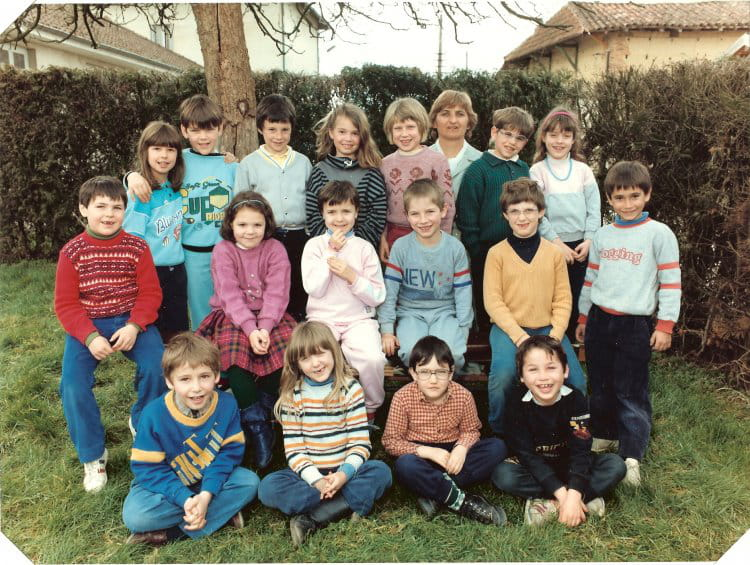 photo de classe ce1 cole primaire st etienne du bois de 1987 ecole de saint etienne du bois. Black Bedroom Furniture Sets. Home Design Ideas