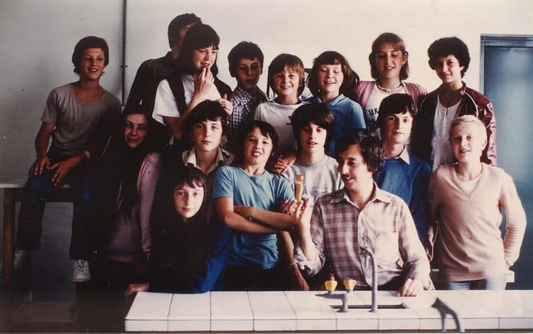 Photo de classe 4 u00e8me 1  u00e0 Stenay en 81 de 1981, Coll u00e8ge Alfred Kastler   Copains d u0026#39;avant