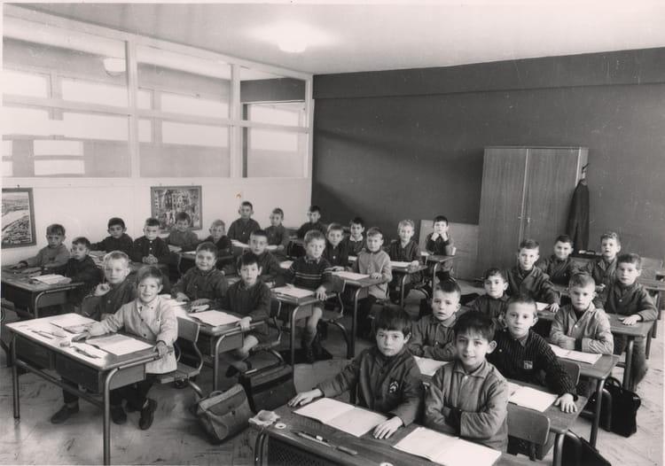 Photo de classe ce1 cole beauregard de 1964 ecole beauregard dole copains d 39 avant - Mr bricolage dole ...