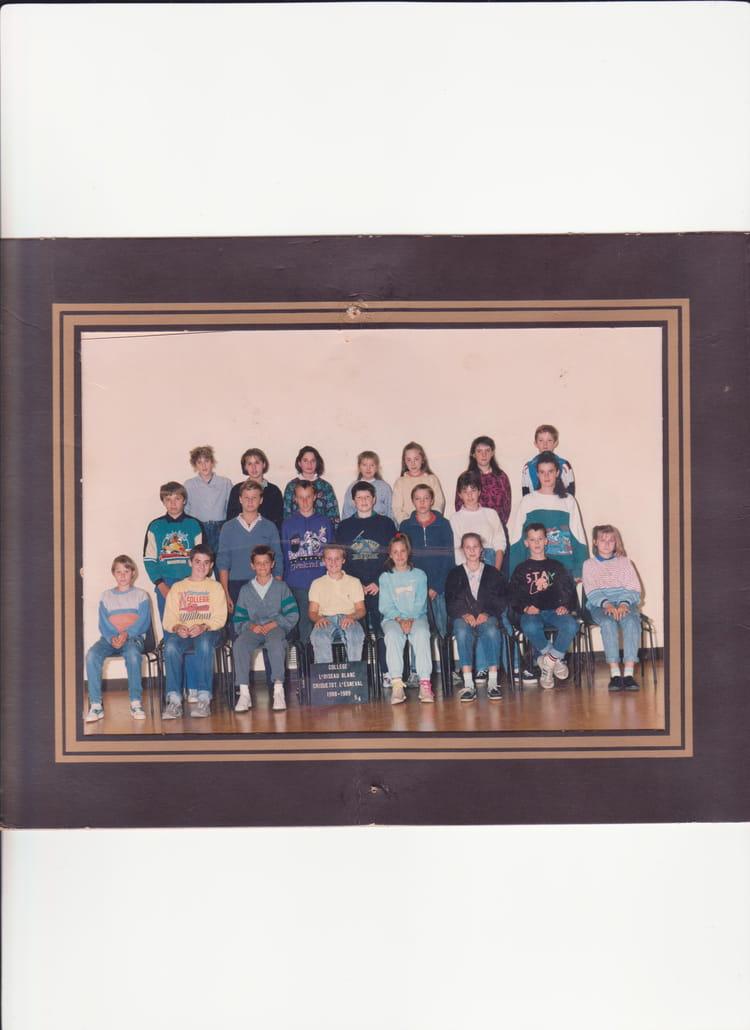 photo de classe 5 4 de 1989 coll ge l 39 oiseau blanc copains d 39 avant. Black Bedroom Furniture Sets. Home Design Ideas