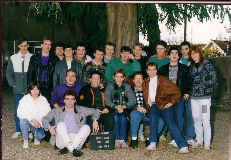 Photo de classe terminale bac pro productique bois de 1989 for Programme bac pro cuisine