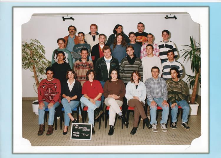 photo de classe bts ati2 de 1997 lyc e nicephore niepce copains d 39 avant. Black Bedroom Furniture Sets. Home Design Ideas