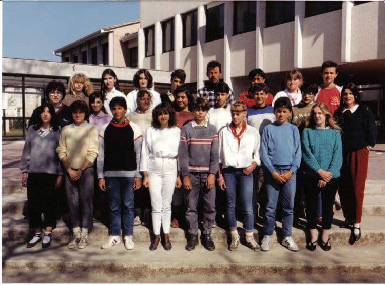 photo de classe 3eme de 1985 coll 232 ge porte du m 233 doc copains d avant
