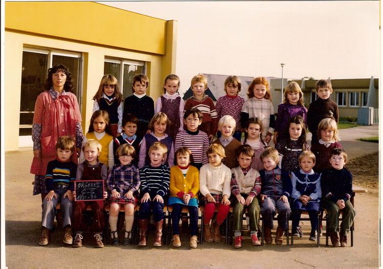 photo de classe maternelle grande section de 1980 ecole. Black Bedroom Furniture Sets. Home Design Ideas