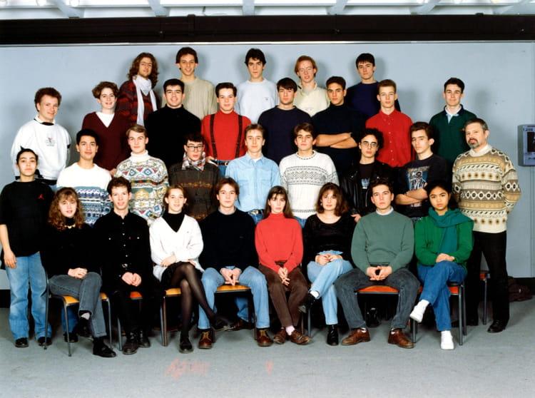 photo de classe tc7 de 1992 lyc e albert einstein copains d 39 avant. Black Bedroom Furniture Sets. Home Design Ideas