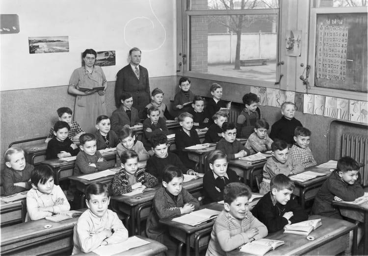 Photo de classe CP de 1950, Ecole Ferdinand Buisson (Sainte Genevieve Des Bois) Copains d'avant # Auto Ecole Sainte Genevieve Des Bois