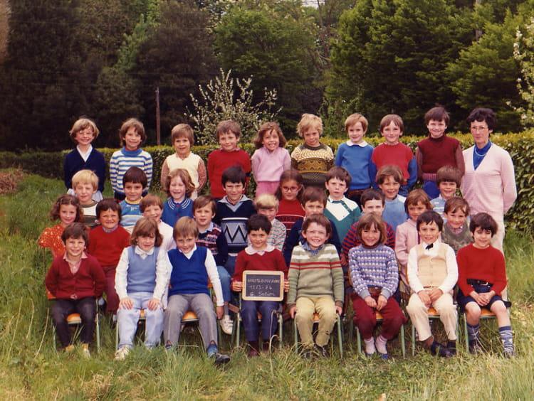 photo de classe grande section de 1983 ecole sainte radegonde haute goulaine copains d 39 avant. Black Bedroom Furniture Sets. Home Design Ideas