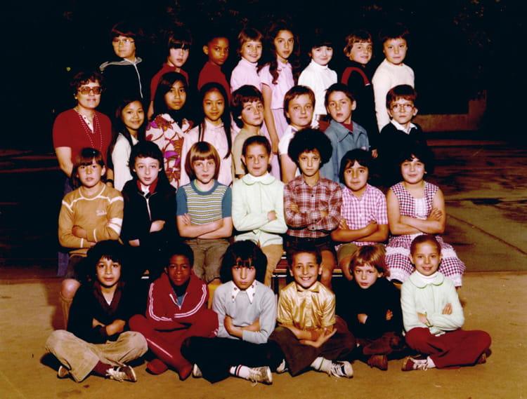 photo de classe ce2 1979 de 1979 ecole primaire maurice d 39 ocagne copains d 39 avant. Black Bedroom Furniture Sets. Home Design Ideas