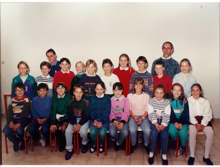 photo de classe cm2 de 1990 ecole publique copains d 39 avant. Black Bedroom Furniture Sets. Home Design Ideas
