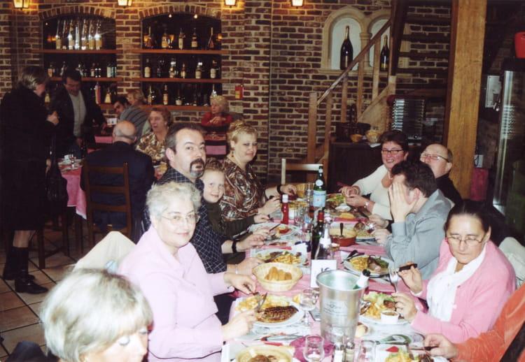 Photo de classe repas de noel de 2005 trans val de lys for Repas entre copains