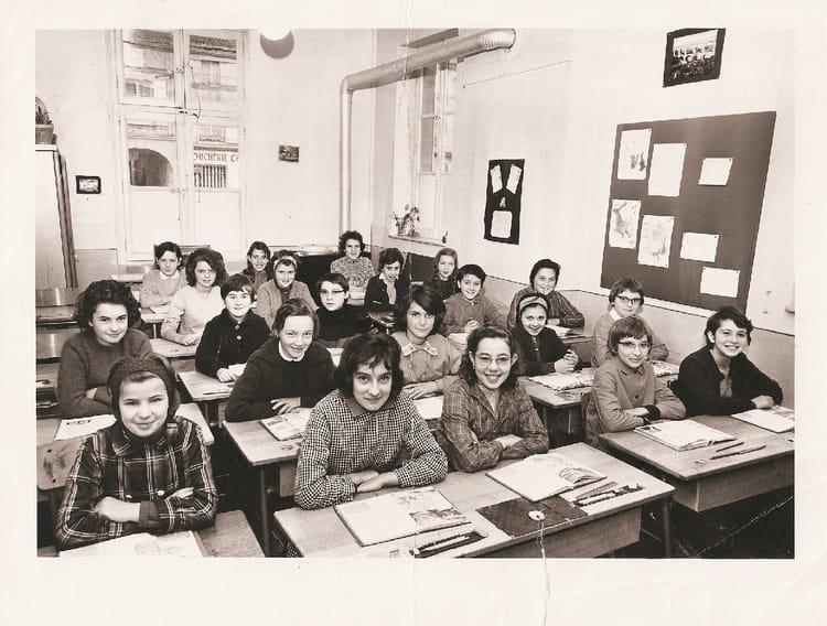 photo de classe cm1 de 1965 ecole jules michelet saint dizier copains d 39 avant. Black Bedroom Furniture Sets. Home Design Ideas