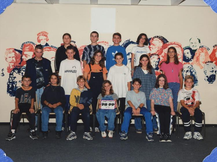 Photo de classe 4eme 2 de 1998 coll ge joseph d 39 arbaud - College joseph d arbaud salon de provence ...