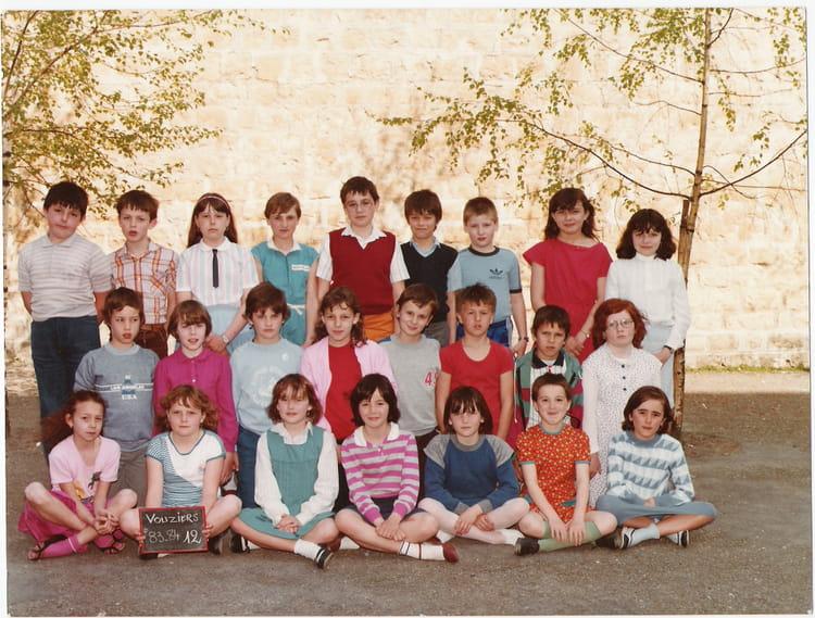 photo de classe cm1 de 1984 ecole abel dodeman vouziers copains d 39 avant. Black Bedroom Furniture Sets. Home Design Ideas