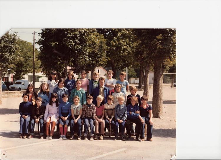 Photo de classe 6 me1 coll ge verdun sur le doubs de 1979 - Piscine verdun sur le doubs ...