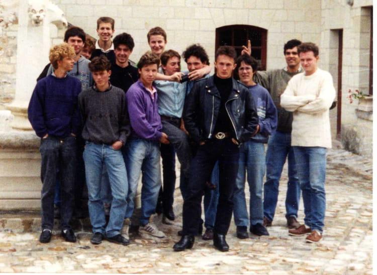 photo de classe cfa de saumur de 1991 compagnons du devoir du tour de france si ge social. Black Bedroom Furniture Sets. Home Design Ideas
