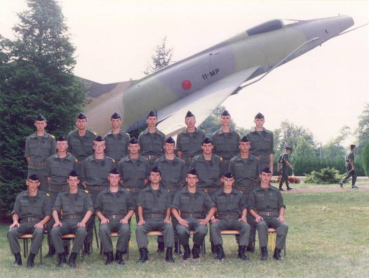 photo de classe 08 94 toul rosi res de 1994 base aerienne 136 copains d 39 avant. Black Bedroom Furniture Sets. Home Design Ideas