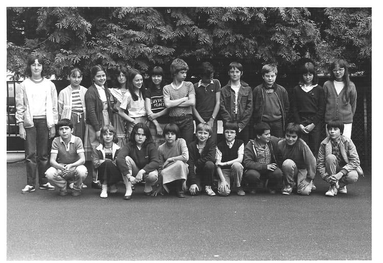 Photo de classe 6 me b de 1981 coll ge du jardin des plantes copains d 39 avant - College du jardin des plantes ...