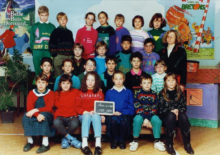 Ecole Notre Dame La Ville Du Bois - Photo de classe CM2 de 1989, Ecole Notre Dame (La Ville Du Bois) Copains d'avant