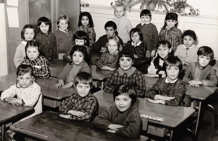 photo de classe moi de 1967 ecole les capucins melun copains d 39 avant. Black Bedroom Furniture Sets. Home Design Ideas
