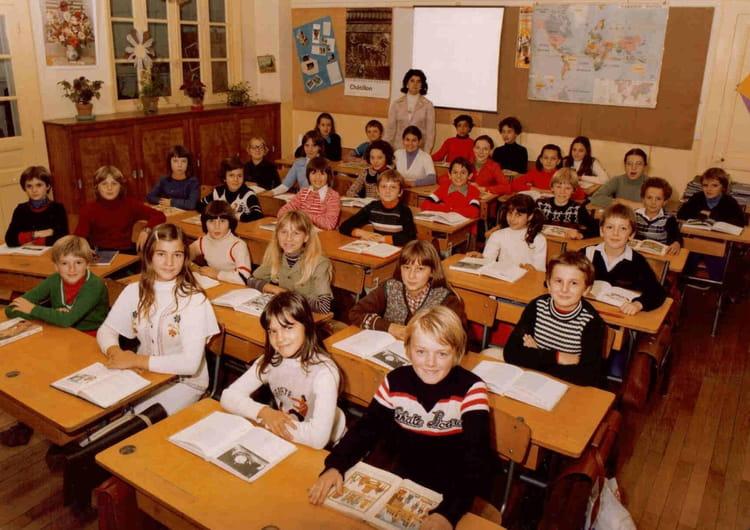 Photo De Classe Cm2 Ecole Mairie De 1978 Ecole Mairie Jassans