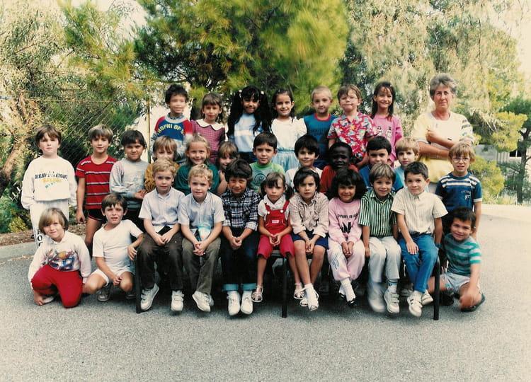 photo de classe cp fardeloup 1986 de 1986 ecole louis pecout la ciotat copains d 39 avant. Black Bedroom Furniture Sets. Home Design Ideas
