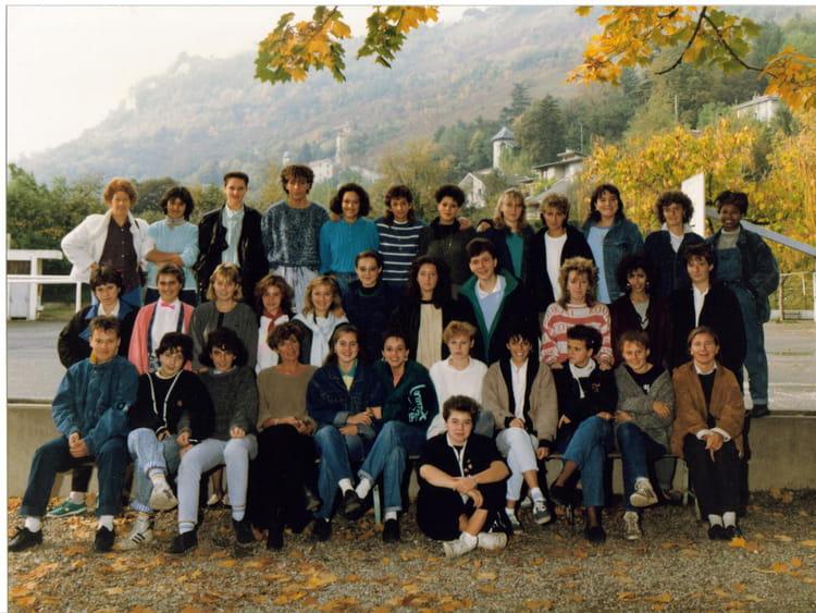 Photo de classe 1 ère année ITEC de 1987, Itecboisfleury  ~ Itec Bois Fleury