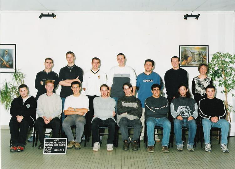 photo de classe bts el2 de 2001 lyc e nicephore niepce copains d 39 avant. Black Bedroom Furniture Sets. Home Design Ideas