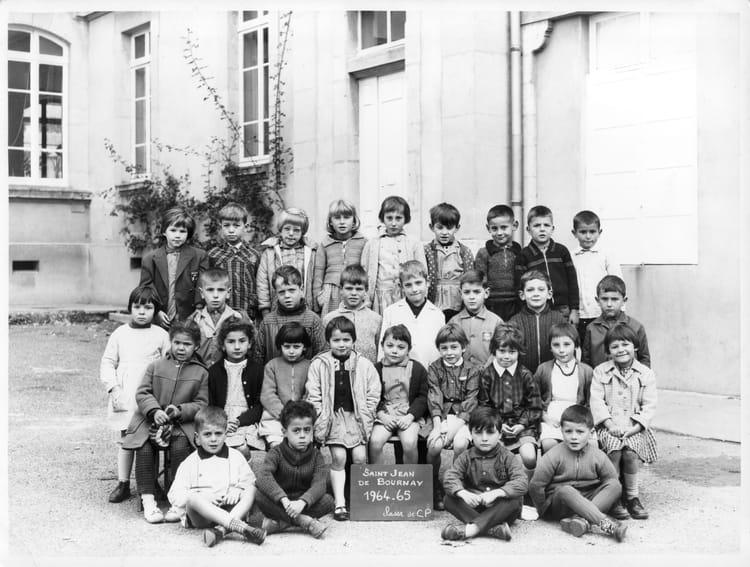photo de classe cp de 1964 ecole primaire saint jean de bournay copains d 39 avant. Black Bedroom Furniture Sets. Home Design Ideas
