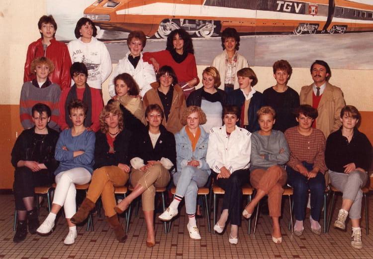 photo de classe cap coiffure 1983 1985 de 1984 cfa epinal. Black Bedroom Furniture Sets. Home Design Ideas