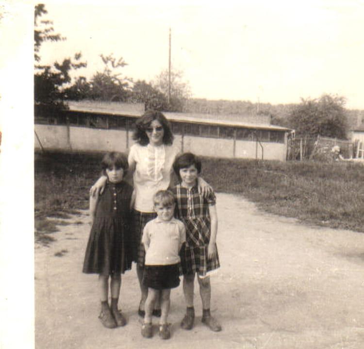 photo de classe visite de ma maman en 1964 de 1964 la vie au grand air copains d 39 avant. Black Bedroom Furniture Sets. Home Design Ideas