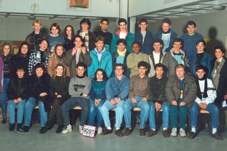 photo de classe 1ere s2 de 1991 lyc 233 e porte de normandie copains d avant