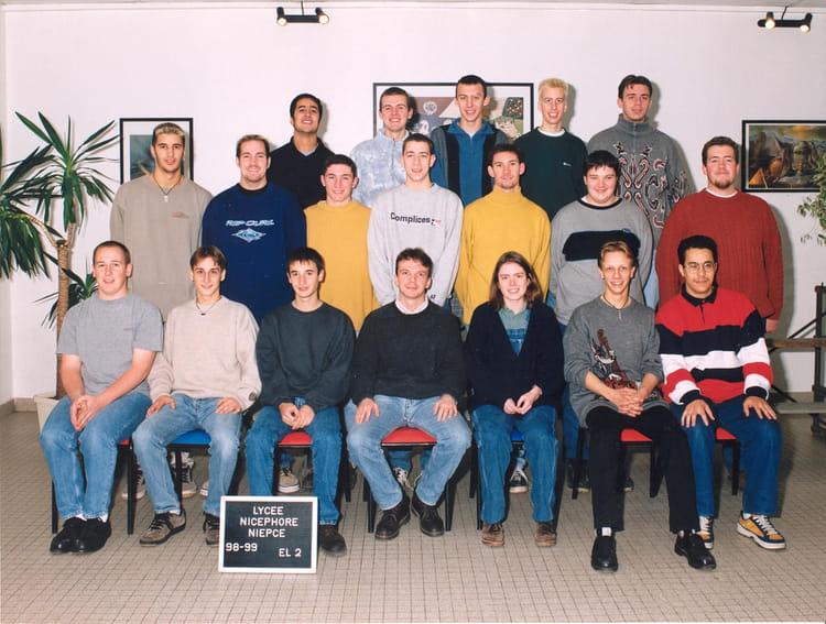 photo de classe bts el2 de 1998 lyc e nicephore niepce copains d 39 avant. Black Bedroom Furniture Sets. Home Design Ideas