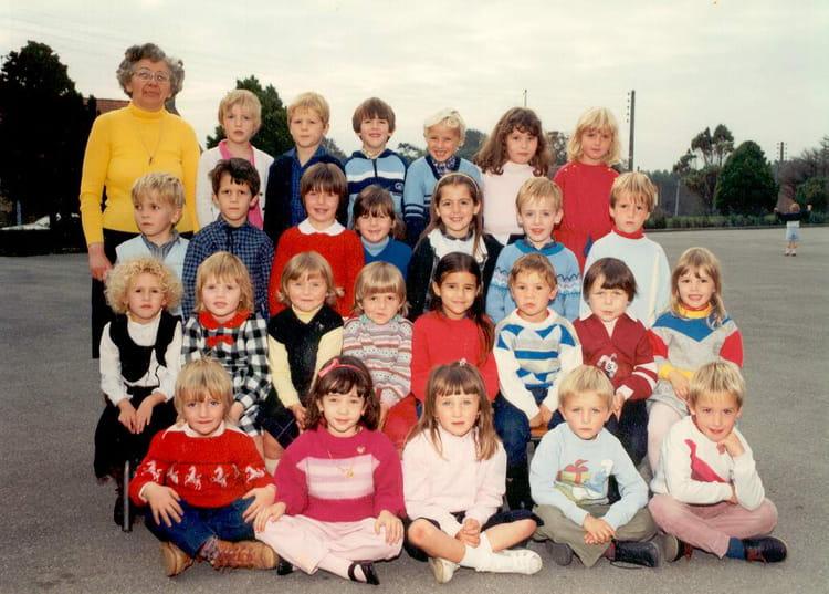 photo de classe maternelle grande section de 1985 ecole jacques brel rinxent copains d 39 avant. Black Bedroom Furniture Sets. Home Design Ideas