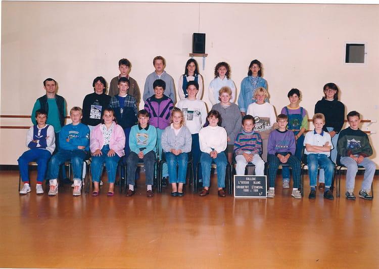 photo de classe classe de 5e de 1990 coll ge l 39 oiseau blanc copains d 39 avant. Black Bedroom Furniture Sets. Home Design Ideas