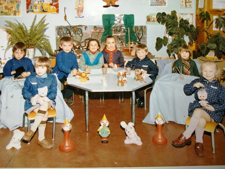 photo de classe maternelle de 1970 ecole paul bert lys. Black Bedroom Furniture Sets. Home Design Ideas