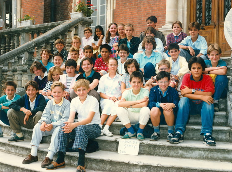 Photo de classe 5 u00e8me F de 1987, Ecole Notre Dame (La Ville Du Bois) Copains d'avant # Ecole Notre Dame La Ville Du Bois