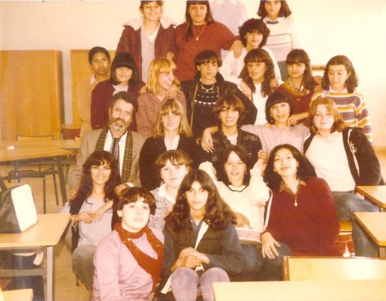 Photo de classe c a p employ de bureau promo 81 de 1981 - Lycee craponne salon ...